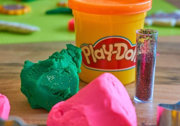 Play-doh Babies Baby Shower Game